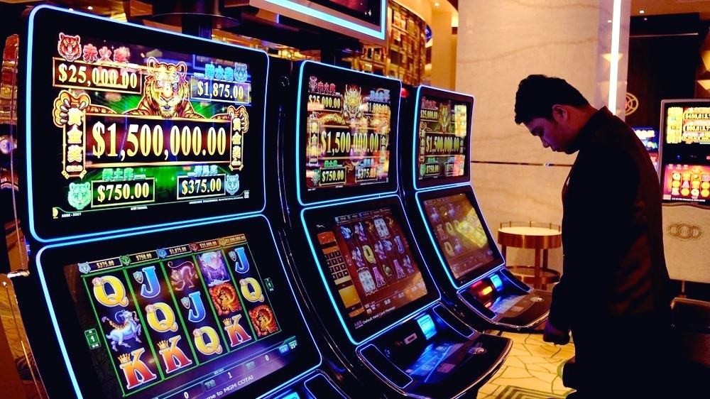 How gambling addiction affects our brain
